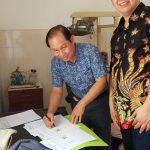 Bersama dr. Franky Malonda Sp. Rad ketua yayasan Tolong Menolong