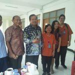 Bersama Uskup Surabaya Mgr. Vincentius Sutikno Wisaksono dan Prof. Dr. Med. Paul Tahalele di Rumah Sakit Gotong Royong